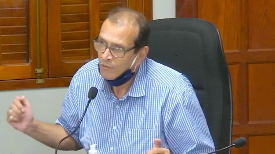 Empresário vai à Câmara e relata dificuldades para manter transporte urbano de passageiros em Leopoldina